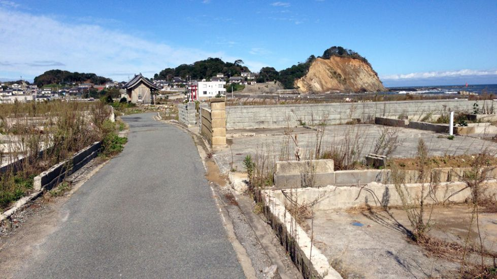 Hisanohamma Tsunami Damage_w_LRG